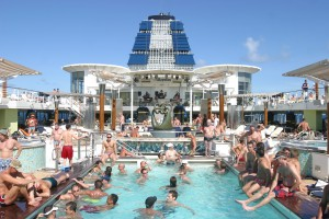 All_Gay-Cruise_Sonnendeck(c)altantis_events
