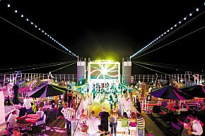 Open_Air_Party_location_Norwegian_Epic(C)ncl