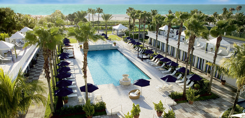 Der tolle Pool des Hotels Surfcomber Miami Beach