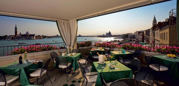 Tolle Aussicht von der Dachterrasse vom Hotel Locanda Vivaldi